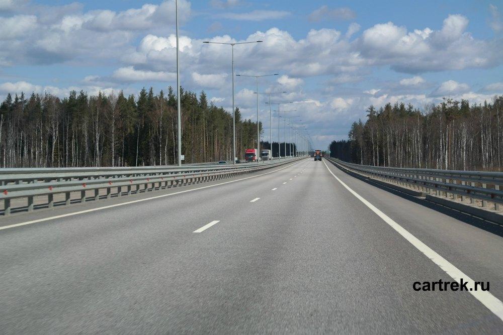 Качество платных участков М11 хорошее, разрешенная скорость до 110 км/час