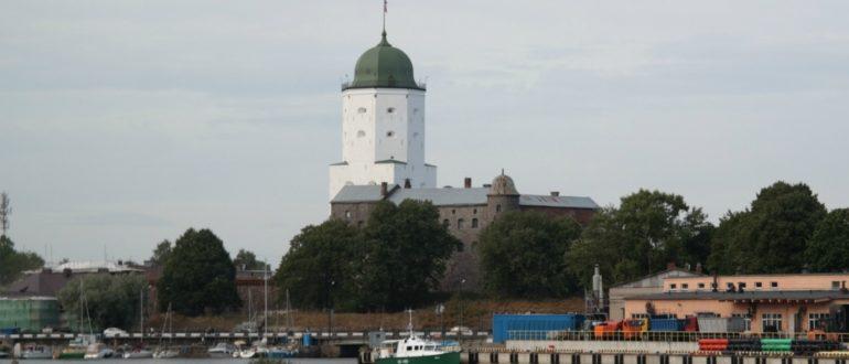 Выборгский замок и башня Олафа